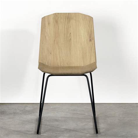 chaise en métal facette chaise universo positivo en métal et assise en