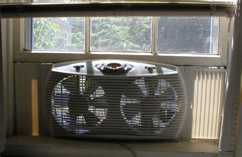 window mounted exhaust fan window fan wikipedia
