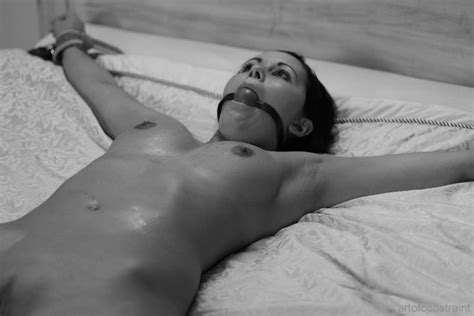 spread eagle bed naked tied