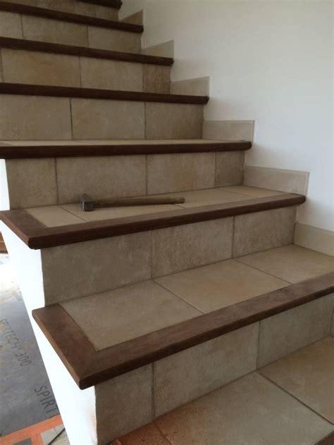 r 233 novation d un escalier carrel 233 avec nez de marche en bois en b 233 ton cir 233 224 concarneau artisan