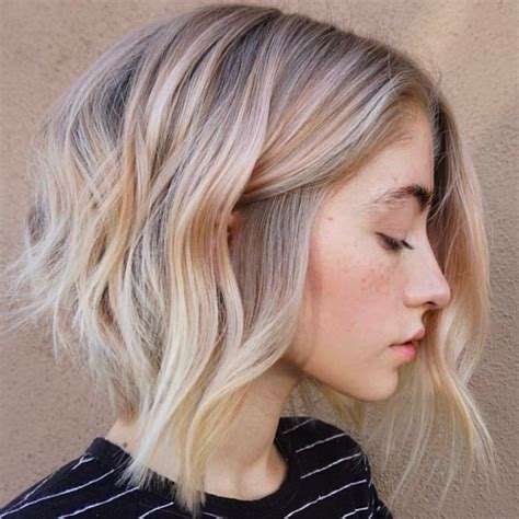 10 wavy lob hair styles color styling trends right now