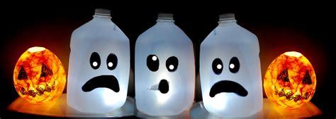 KIDS HALLOWEEN CRAFT : CUTE Ghost Milk Jug . Easy ...