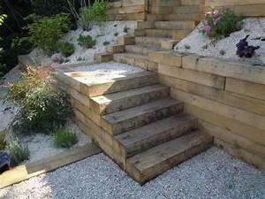 Jardin En Pente Raide : 3 moyens d apprivoiser un jardin en pente jardinier conseil ~ Melissatoandfro.com Idées de Décoration