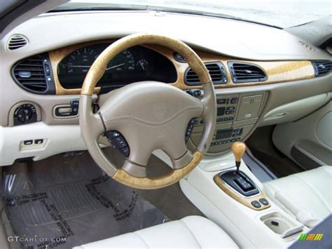 Cashmere Interior 2002 Jaguar S-type 4.0 Photo #43279826