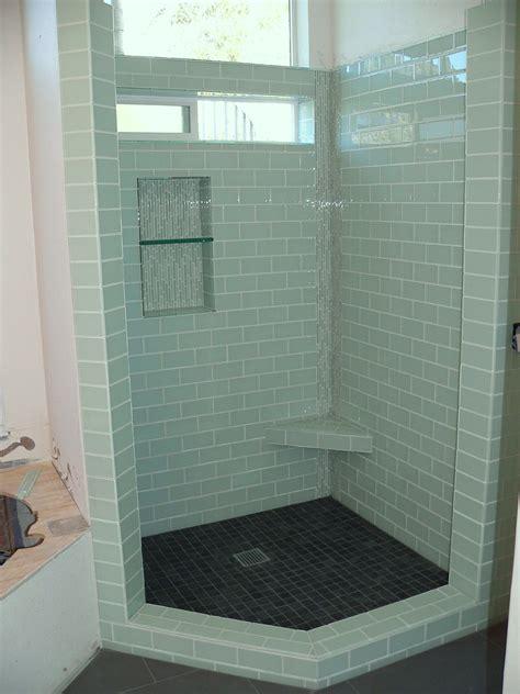 high window  bathroom   symmetrically