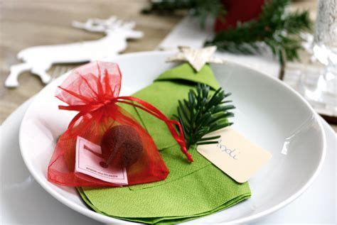 Tischdeko Weihnachten 2017 by Weihnachtliche Tischdeko Mit Platzkarte Und Gastgeschenk