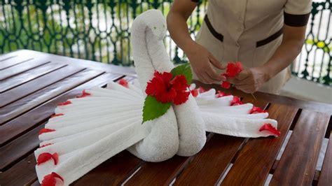 handtuch falten geschenk in der ruhe liegt die handtuch kunst