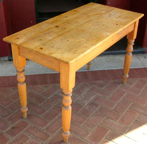 Pine Kitchen Table  Tables  Dining  Antique Furniture