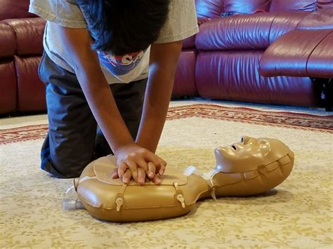 sixth graders science project shows kids   cpr