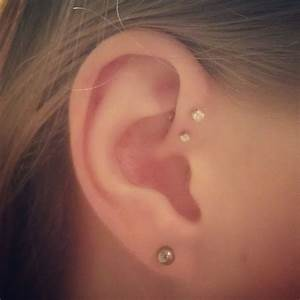 forward helix ear piercings | My Style | Pinterest