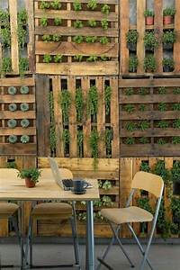 la deco jardin recup en 41 photos inspirantes archzinefr With idee deco exterieur jardin 0 un jardin vertical en palettes joli place