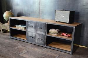 Style Industriel Salon : nos meubles tv de style industriel ~ Teatrodelosmanantiales.com Idées de Décoration