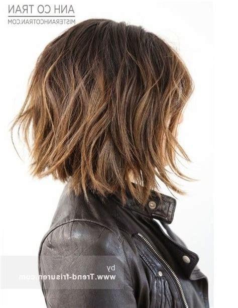 mittellange frisuren frauen frisuren f 252 r mittellange haare trend stufenschnitt f 252 r lange haare