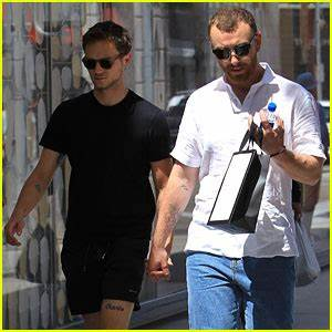 Sam Smith Goes Shirtless While on Vacation! | Sam Smith ...