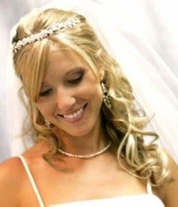 comment assortir bijoux et robe de mariee With robe de mariage avec acheter bijoux
