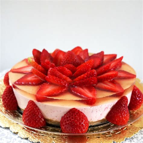 bake strawberry rare cheese cake working moms edible art