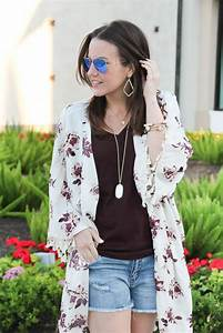 Floral Kimono + Distressed Shorts under $40 | Lady in VioletLady in Violet