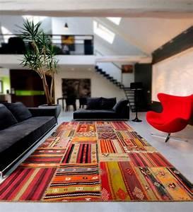 le tapis contemporain de l39art sous les pieds With tapis moderne coloré