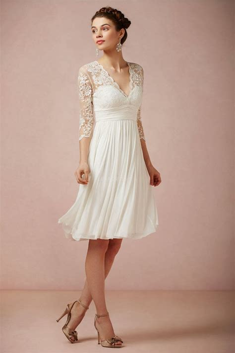 Gorgeous Short Lace Wedding Dresses With Long Sleeves