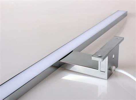 Badezimmer Leuchte Für Spiegelschrank by Led Leuchte F 252 R Spiegelschr 228 Nke 60cm 8w Haus Garten
