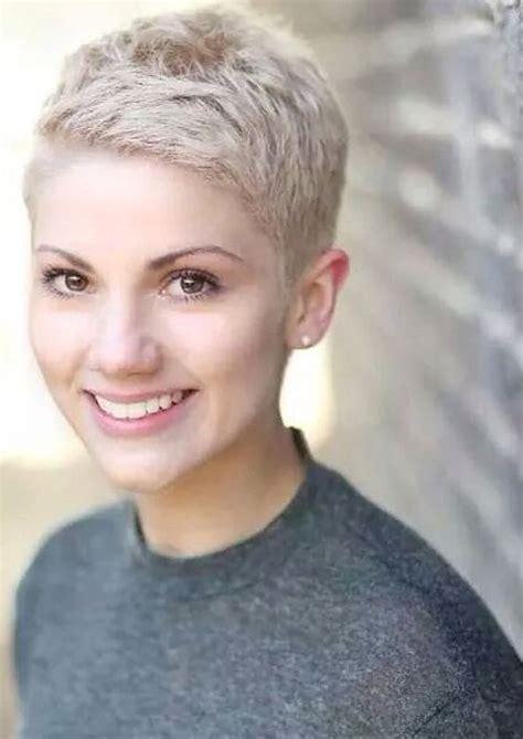 feminine short hairstyles   short pixie hair colors
