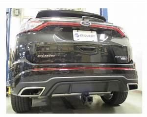 Trailer Hitch That Is Mostly Hidden For A 2015 Ford Edge