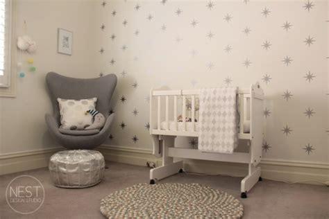 chambre bébé baby deco etoiles chambre bebe