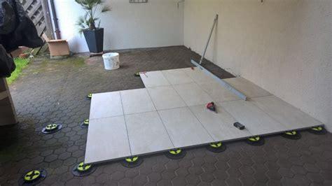 terrassenplatten auf erde verlegen terrassenplatten auf stelzen verlegen karrer ofenbau plattenleger ofenbauer