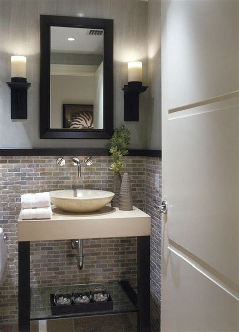 Half Bathroom Ideas For Small Bathrooms by 1000 Ideas About Small Half Bathrooms On Half