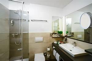 Badezimmer Neu Einrichten : badezimmer neu gestaltet f rstenhof quellness und ~ Michelbontemps.com Haus und Dekorationen