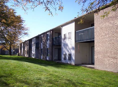 Waterside Appartments by Waterside Apartments Rentals Saginaw Mi Apartments