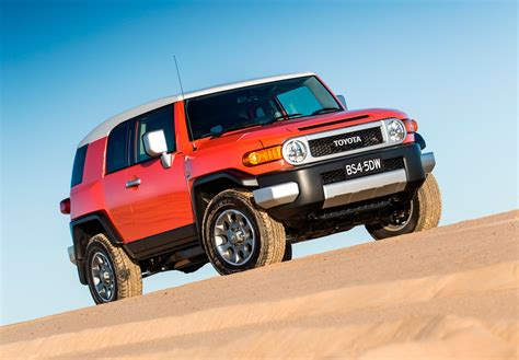Toyota 4x4 by Toyota Fj Cruiser Fuel Range Extended 4x4 Driving Aid