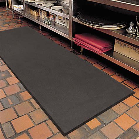 industrial kitchen floor mats superfoam high resistant anti fatigue floor mat 5 8 4666