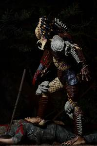 Closer Look Predator Bad Blood Deluxe 7 Scale Action Figure