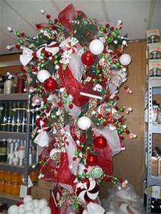 1000 images about Favorite Upside Down Christmas Tree