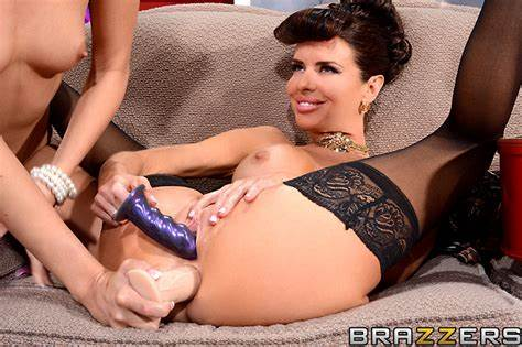 Cuffed Aaliyah Taking Penetration Mommiesmommie Veronica Avluv Free Porn Photo And Video At Adorable