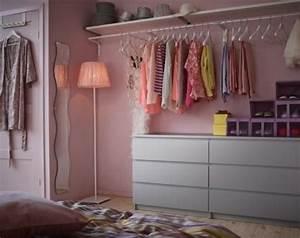 Kleiderschrank Für Kleine Räume : die besten 17 ideen zu kleine schlafzimmer auf pinterest kleine schlafzimmer dekorieren dekor ~ Bigdaddyawards.com Haus und Dekorationen