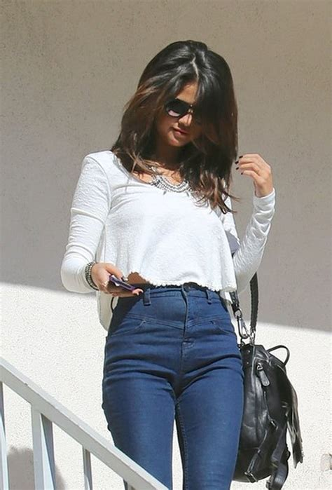 High waisted jeans outfit style 81 - Fashion Best