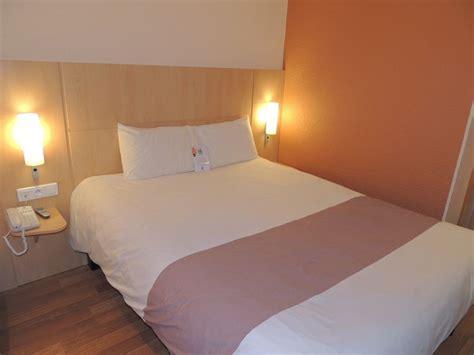chambre ibis hotel htel ibis alencon en normandie cdt de l 39 orne
