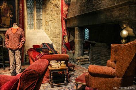 salle commune de gryffondor harry potter studio tour 224 londres plus qu un mus 233 e une immersion