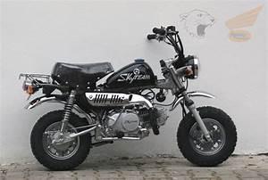 Honda Monkey 125 : monkey bikes road legal ~ Melissatoandfro.com Idées de Décoration