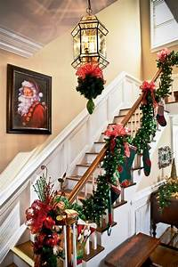 25, Ideas, For, Christmas, Staircase, Decorations