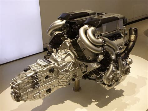 Bugatti Chiron Engine by Bugatti And Koenigsegg Attempt Record Speed Runs