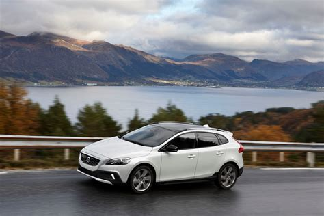 volvo group global volvo v40 d4 with new drive e powertrains the most