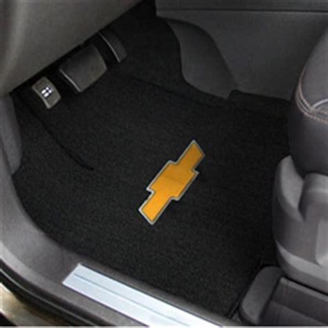 Chevy Equinox Floor Mats 2005 by Chevrolet Equinox Floor Mats Carpet And All Weather