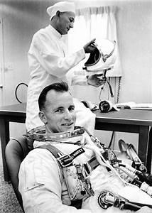 Astronaut Ed White | RightAwnSpaceRace | Pinterest