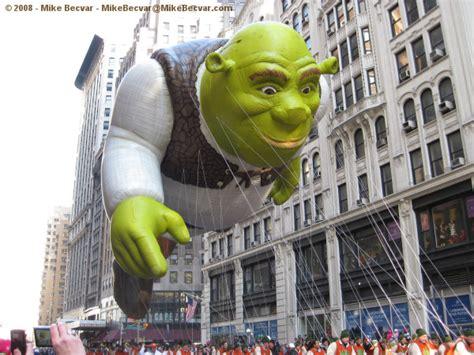 macys thanksgiving day parade  nyc