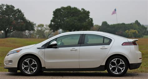Chevrolet Volt Sales Languish In March