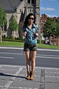 My Outfit Military-Print Shorts Plaid Shirt and Flat Boots