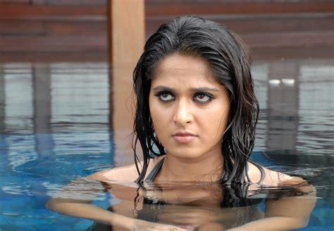 Anushka Shetty Hot Looking In Billa Movie Latest Indian